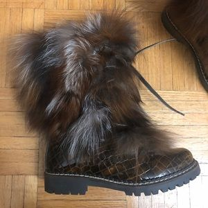 Real fur winter boots